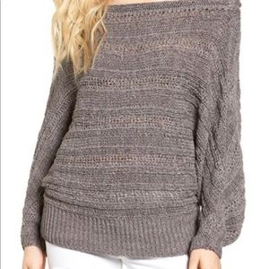 Leith Sweaters - Off the shoulder sweater